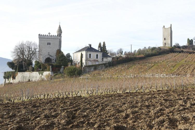 Tour-Chignin-Savoie