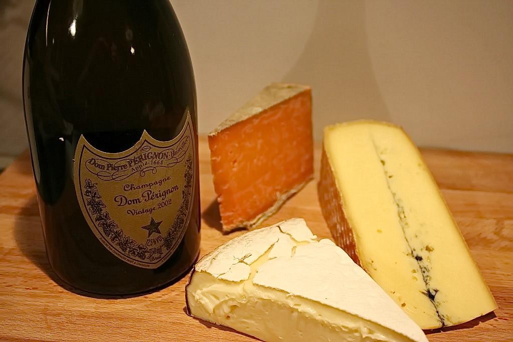 Dom-pérignon-2002-fromages